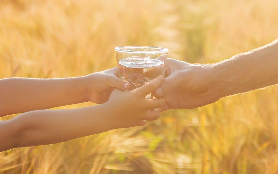 picie wody w upały